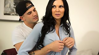 Big-breasted Spanish MILF Jasmine Jae Fucks With A Lucky Young Man