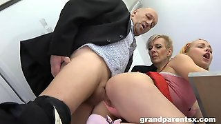 Extremely Hot Chick Is Enjoying Intensive Dick Riding So Much