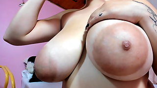 Big Ass On BBW With Large Natural Breast, Puffy Nipples