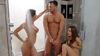 Alexis Fawx And Kimmy Granger Are Sucking Cock In The Shower