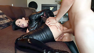 Hot MILF Angela White Gets Assfucked From Behind