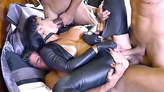 Assasin Romi Rain Gets Triple Penetrated In A Gangbang