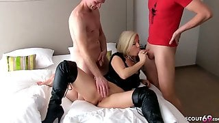 German MILF Kissi-Kiss At Creampie MMF Threesome With Young