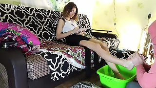 Femdom Foot Slave Foot Wash Feet Bath-- Nina Yo