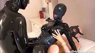 Kinkyrubberworld - Multiorgasmic Rubber Threesome