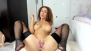 Hot Milf Fucks Her Perfect Ass