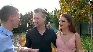 Extremely Horny Slovakian Nympho Mila Fox Wanna Take Double Penetration
