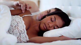 Ebony Chick Nia Nacci - Good Morning My Love