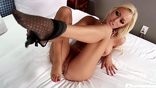 Blond Hair Babe Stepmom Lets Him Cum Load On Her Feet