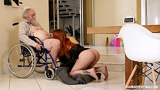 Guy Stands Up Of Wheelchair To Pound This Hot - Charli Red