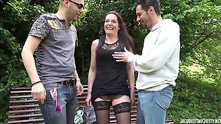 French Porn - Laura Charcutiere Au Mans