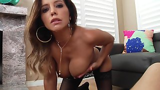 Smoking-hot Cougar Pleases Colleague With Sloppy Blowjob