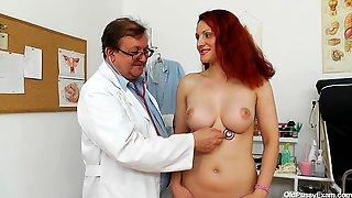 Beatrix Vagina Exam - Kinky Doctor Porn