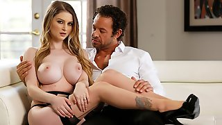 Sensual Busty Chick Bunny Colby Opens Her Wet Hole For A Rich Man