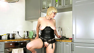 Blondes That Love Glass Dildos Masturbate Solo