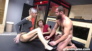 Muscular Dude Satisfies Two Grannies In Intense Threesome Sex