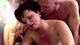 Chubby Mom Gets Cum In Ass After Anal Sex