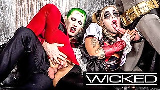 Wicked - Harley Quinn Fucks Joker & Batman