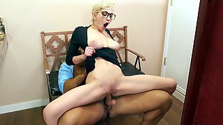 Natural Busty Skye Blue Fucks And Sucks Chad White