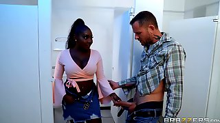 Black Beauty Osa Lovely Cheats Her Boyfriend With A Long White Dick