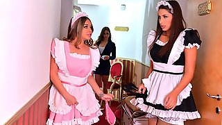 Three Maids Zafira, Cathy Heaven And Rachele Richey Fuck With A Dildo