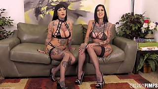 Busty Inked Babes Riding Sybian And Scissoring In Live Show After Using Toys