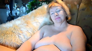 Goldenpussy Shows It All For Your Pleasure