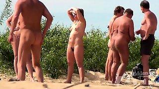 Luxury Solo Masturbation On The Beach