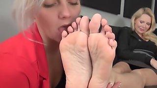TaWorship Lesbian MILF Foot Worship