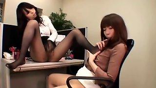 Japanese Lesbian Pantyhose Fetish 2