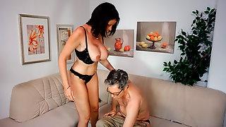 AmateurEuro - Big Tits MILF Wife Dacada Goes Hardcore On Cam