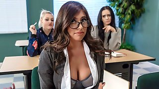 Gorgeous Teacher Fucks With A Big-boobed Foreign Hottie Ella Knox
