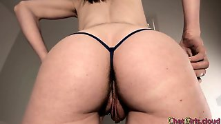 Large Pussy Lips And Hairy Ass Milf Rubbing Clit On Cam