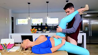 Tricky Boy Cheats On GF By Drilling Her Stepmom In Kitchen