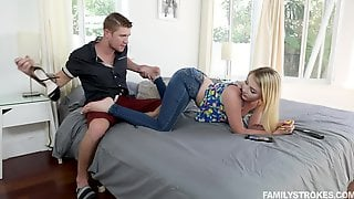 Dixie Lynn Wants To Be Fucked By Her Neighbor And Gets Her Chance