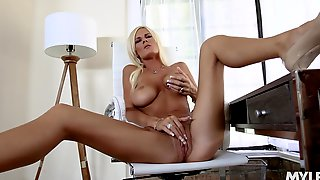 Blonde Milf Rubs Pussy And Ass In Romantic XXX Play