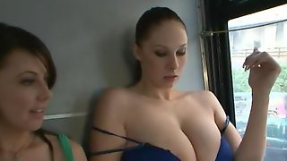 Three All Natural Sluts Are Looking For Sexual Adventures In Big City
