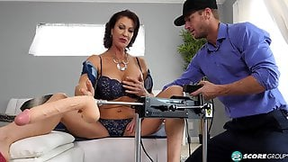 Vanessa Videl First Action With Sex Machine