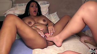 Nyssa Nevers, Maxine X - Fisted And Footed For Cheating!