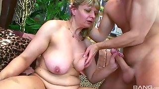 Old Ugly Mature With Fat Ass Gives Head - Euro Porn With Cumshot