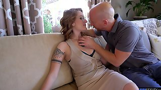 Big Ass Wife Aria Kai Turns Around To Be Fingered And Fucked
