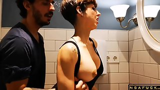 Alluring Darkhaired Babe Mommy Knows Exactly How To Treat A Meat Stick Video Part 1