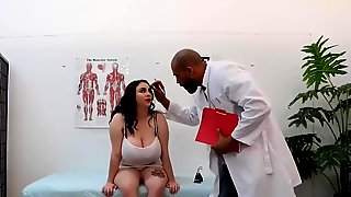 Hot Chubby Got Fucked By A Doctor