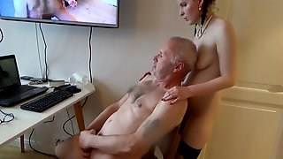 Norwegian Amateur Handjob