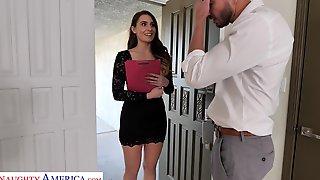 Leggy Secretary Ella Reese Seduces Married Boss And Bangs Him In His House