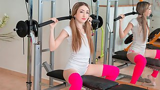 Skinny Cutie Gets A Desired Satisfaction In Gym