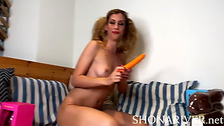 Teen Girls Fucks Herself With Carrots