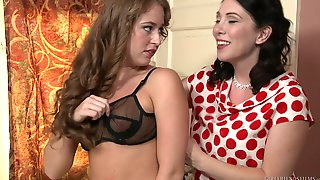 Matures Rayveness & Keira Kelly Stripping And Playing With Each Other