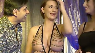 Two Big Boobs Girls In Threesome