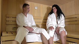 Chubby Mature Drops Her Panties To Be Fucked In The Sauna - Lucie
